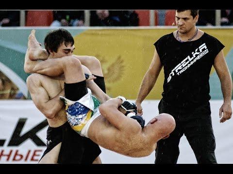 Бразильский чемпион ММА против Русского бойца