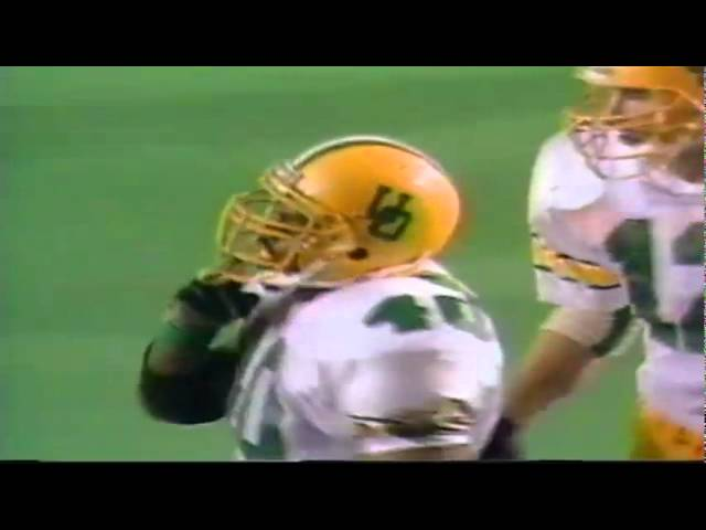 Oregon LB Ernest Jones stuffs a screen pass for a loss vs. Texas Tech 9-14-91