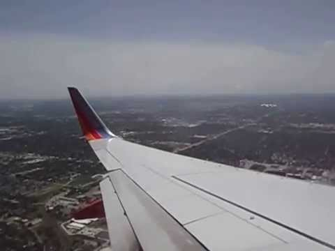 Landing at HOU on Southwest B737 4/13/15