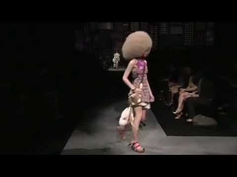 fashion Louis Vuitton   Spring Summer 2010 Full Fashion Show Parte 1   High Quality