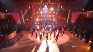 Shakira feat. Wyclef Jean - Hips Don't Lie (Live in HD)