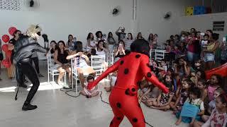 Personagem vivo Ladybug e cat noir