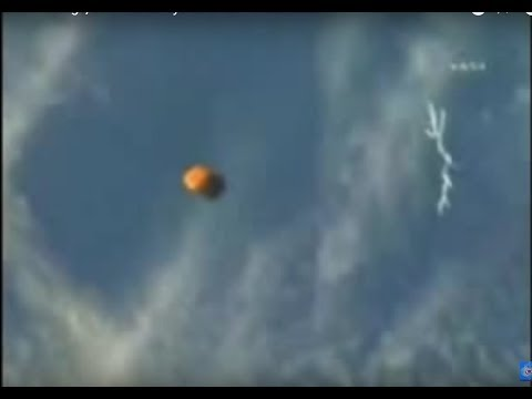 NASA Footage, UFO Filmed By Astronaut - MUST SEE!!!