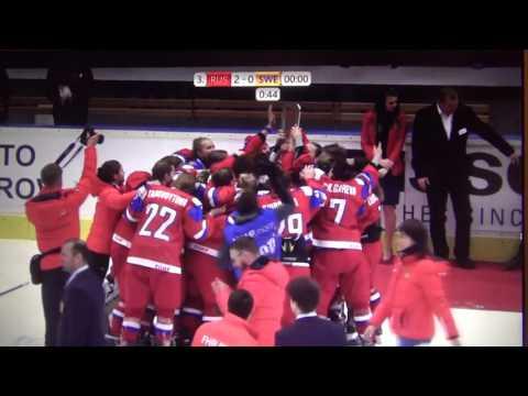 Наши хоккеистки пели гимн России вживую. Но чехи оборвали трансляцию
