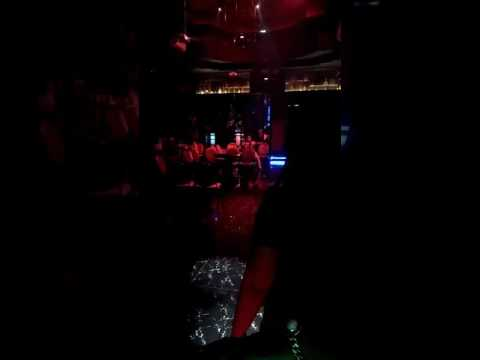 Dj live show enclub palu