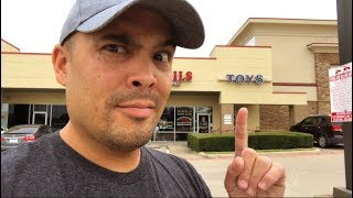 Episode 313 - TOY HUNTING AT A TOY SHOW AND A TOY STORE IN TEXAS!! GRAIL FIGURE ACQUIRED!