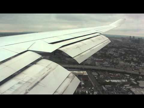 See the Take off: http://www.youtube.com/watch?v=VQfZNZtLq1A Please subscribe and comment this video! Bitte Abonnieren und für dieses Video kommentieren! Lufthansa B747-400 Landing at Newark....