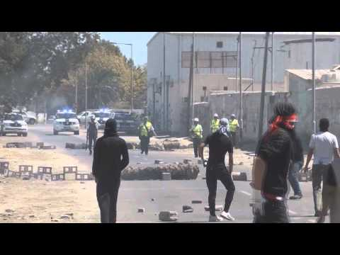 Bahrain Kawara  Morning clashes between protesters and riot forces