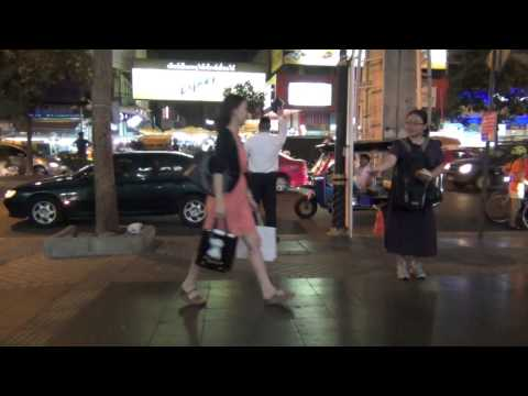 Preaching the gospel to Patpong Road (March 28, 2014)
