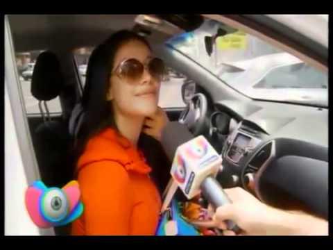 Melissa Mora se retoca con el Dr. Eric Rojas