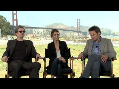 Dawn Of The Planet of the Apes: Keri Russell, Gary Oldman, Jason Clarke Official Movie Interview