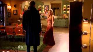 Chuck S4E14 - Sarah belly dancing for Chuck