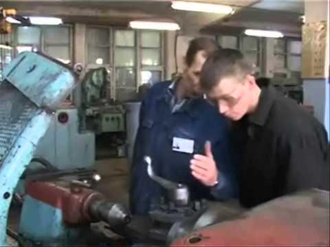 Юрий Хованский на заводе