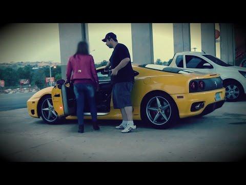 Pagando De Playboy Com Ferrari Roubada video