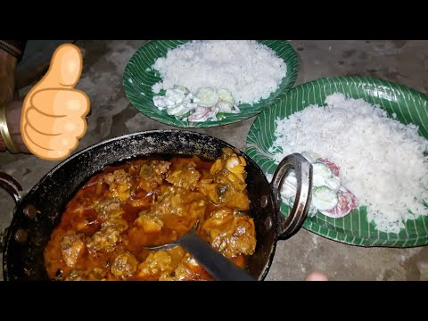 Enjoying Hot Rice with Spice Chicken Curry | Hostel Style | Easy Recipe