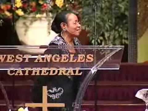 COGIC First Lady Mae Blake (Caution volume is high) Video