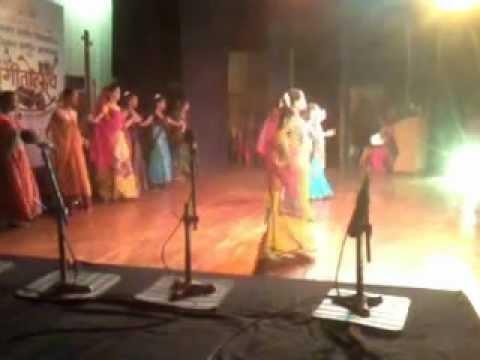 Kiti sangumi sangu kunala performed by the beginners of Ravindra...