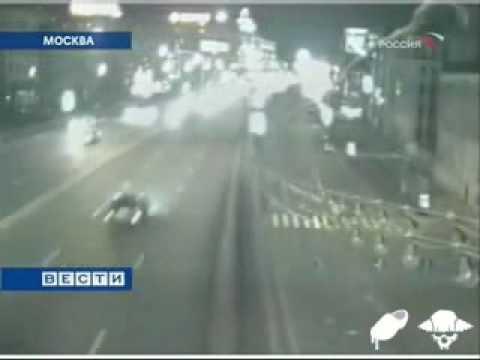 Разбор аварий с камер наблюдения Москвы (подборка видео)