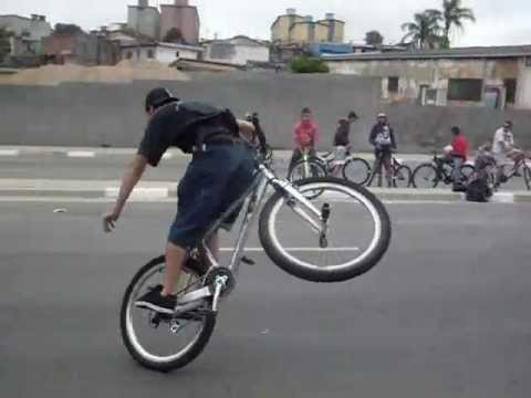 Campeonato de Wheeling Bike.wmv Music Videos