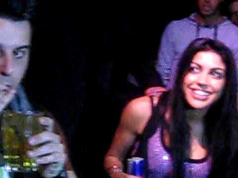 Veronica Ciardi alla consolle – Red Bull, danze e.. ancora foto! 19/03/2010
