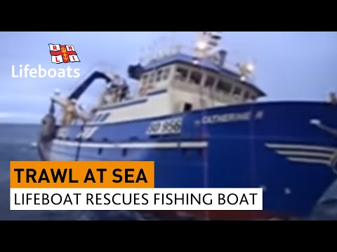 Arranmore lifeboat rescues fishing vessel in rough seas