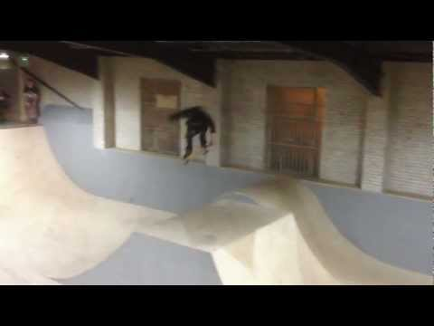 tom lawson backside 360 nosegrab prevail skatepark
