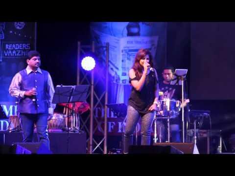 """Shreya Ghoshal Singing """"Saans Mein Teri"""""""