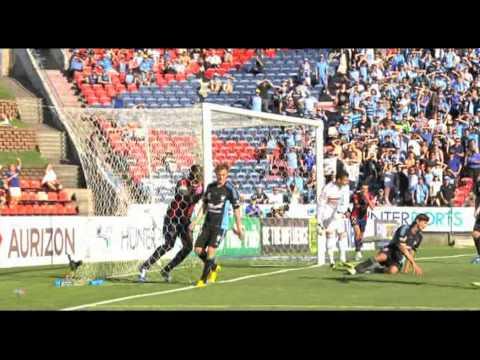 Newcastle Jets 2-1 Sydney FC | Emile Heskey beats Alessandro Del Piero!