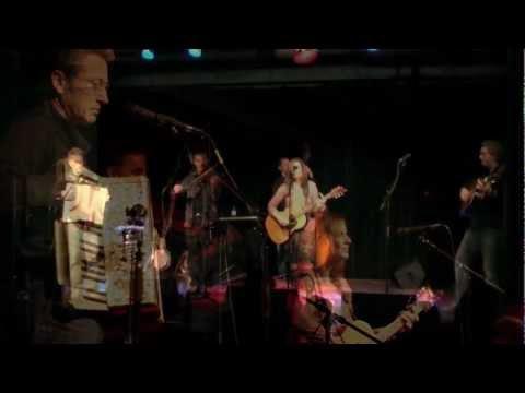 Acousticana - Across The Great Devide