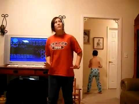 Śmieszny filmik - Brat zawstydził siostrę | Mistrz drugiego planu