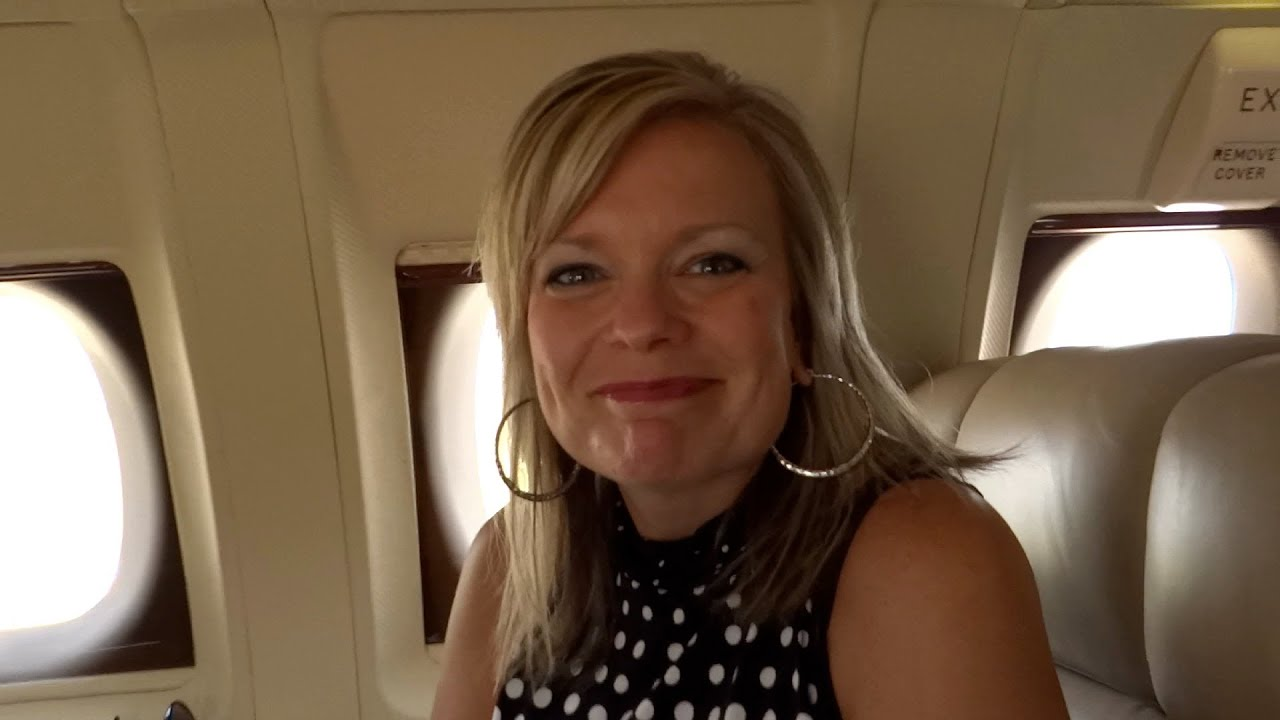 Private Jet Ride With The Wife - YouTube