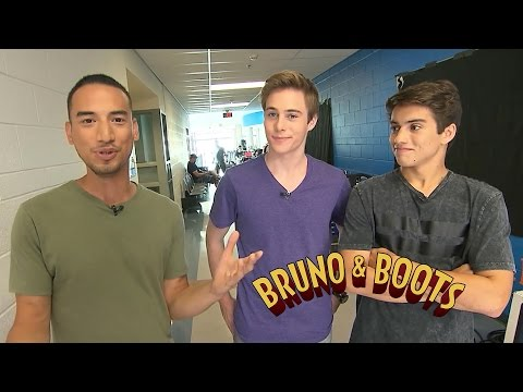 Bruno & Boots On Set! streaming vf