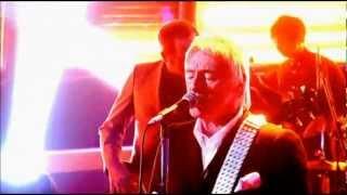 Watch Paul Weller That Dangerous Age video