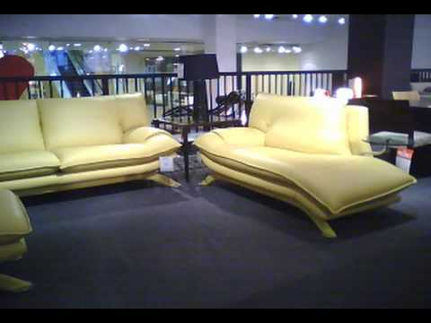 meubles de salon en cuir montr al et laval youtube. Black Bedroom Furniture Sets. Home Design Ideas