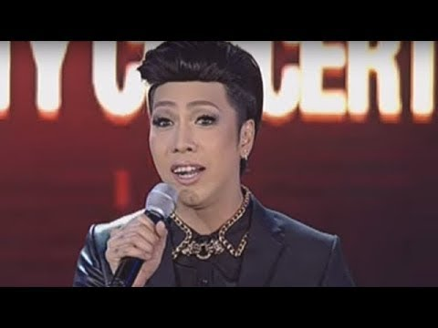 Vice Ganda Pokes Fun At The Abs-cbn Christmas Special 2013 video