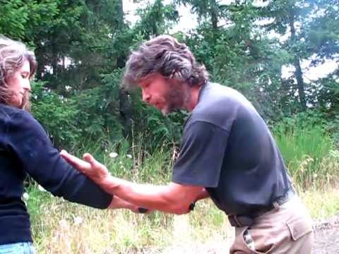 McMinnville Mountain Warrior Kung Fu Martial Arts McMinnville - Kali Knife Flow Drills Tutorial Image 1