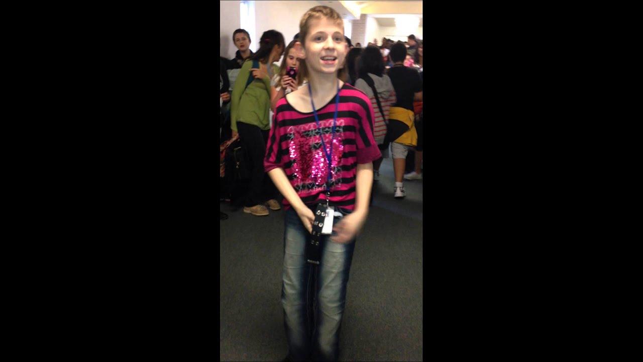 Boy Dressed Like a Girl For Halloween Guy Dressed Like a Girl