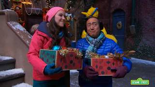 Sesame Street: Once Upon A Sesame Street Christmas Preview