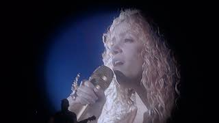 Shakira - Je l'aime A Mourir (Live in Paris - El Dorado World Tour AccordHotel Arena) HD