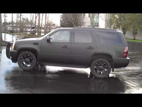Customwheels on Out Cadillac Escalade With Tracvision A7 Satellite Tv  Custom Wheels