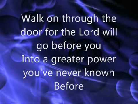 Beyond the Open Door  The Gaither Vocal Band