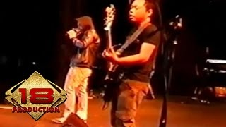 Naff - Aku Memilihnya (Live Konser Probolinggo 24 november 2007)