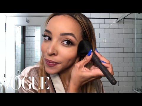 Cover Lagu Tinashe Teaches a Master Class in the Daytime Smoky Eye | Beauty Secrets | Vogue