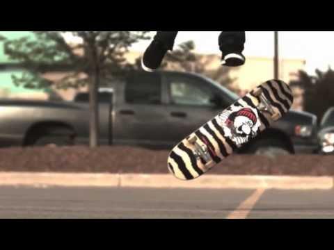Skater Vs Free Runner 2 (2013)
