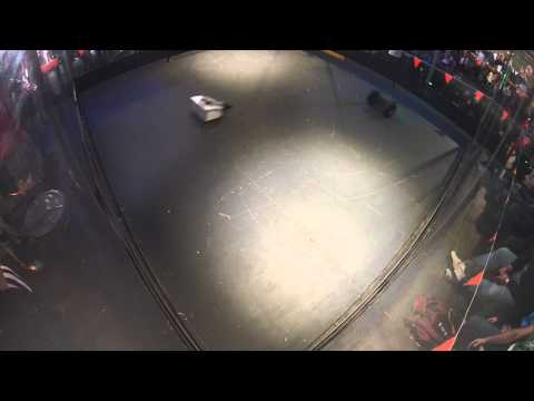Robowars Vivid Sydney 2015 - Berserker vs Citizen Flips - Round 1 - Fight 4