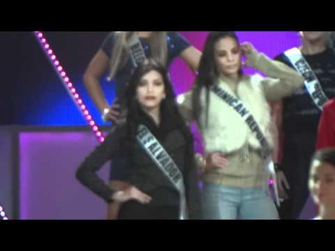 Miss Universo 2011 Miss El Salvador 2011 Mayra Aldana Ensayos