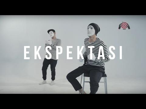 Kunto Aji   Ekspektasi  Official Lyric Video