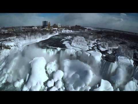 Niagara Falls Frozen Daydream
