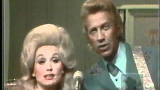 Watch Dolly Parton Just Someone I Used To Know video