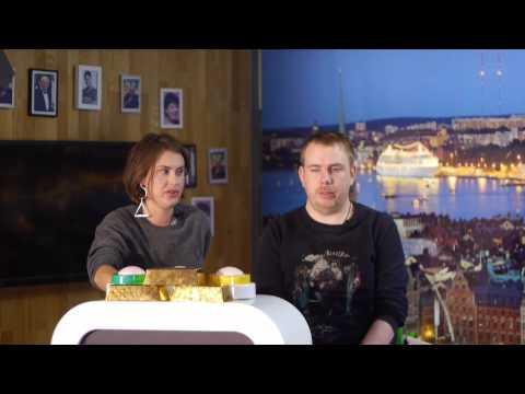 �ppna Kanalen Game - Sändes i �ppna Kanalen Stockholm 15 mars 2015. Medverkande: Lag Podd: Bianca Meyer och Petter Bristav. Lag Familjen: Pontus och Pål Ströbaek. Programledare: Robert...
